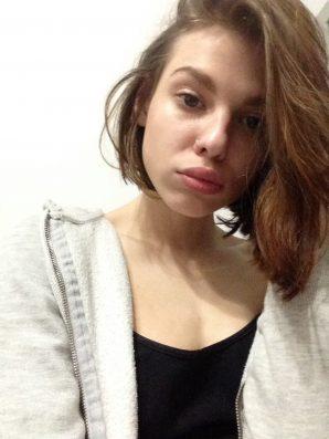 Girl who can deep throat